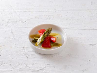 アスパラとパプリカの温野菜サラダ