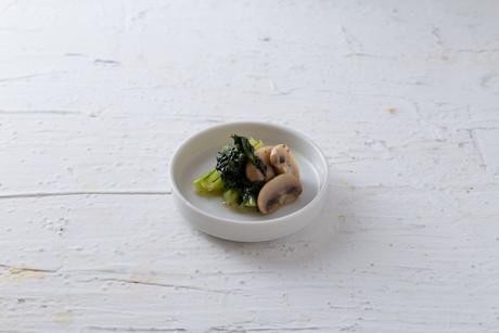 小松菜とマッシュルームのバターソテー.jpg