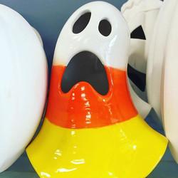 Spooky! #paintedpot #pyop #handmadeisbetter #ceramics #glassfusing #canvas #clay #candycorn #hallowe