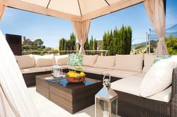 Lounge angle - large