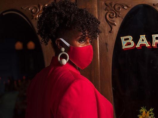Custom Suit Matching Face Mask Hotel Hav