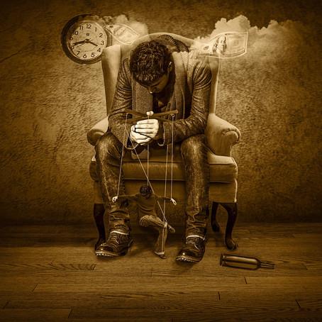 Manipulacja, influencja i emocje