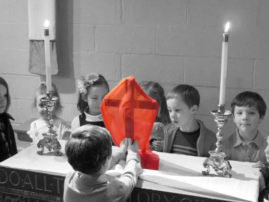 (2) Jesus accepts his cross.