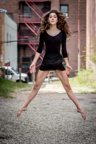 Senior-Portrait-Photography_Metro-Detroit-Michigan-Lifestyle-Photographer_Lyn-Fabry-Photography-146.jpg