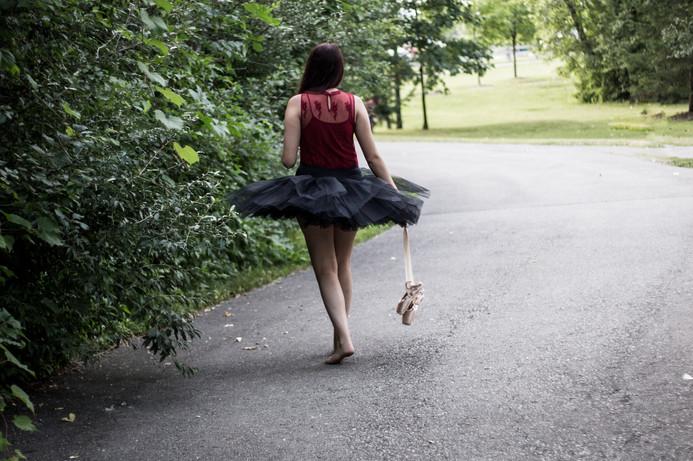 Senior-Portrait-Photography_Metro-Detroit-Michigan-Lifestyle-Photographer_Lyn-Fabry-Photography-139.jpg