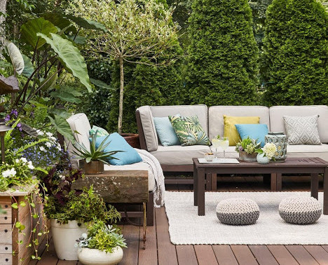 TIPS FOR CREATING LUXURIOUS OUTDOOR SPACES