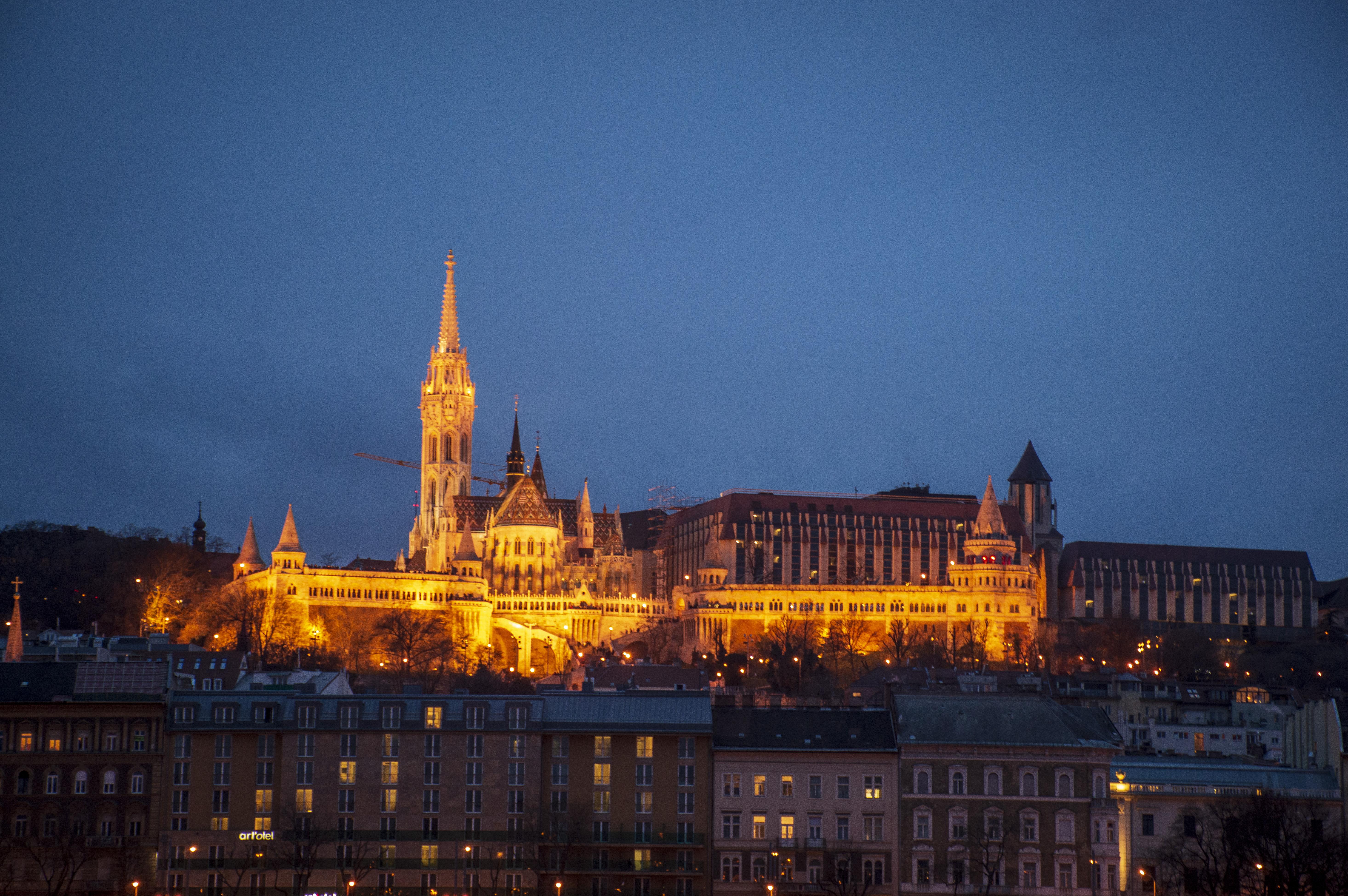 Buda_Castle_Night