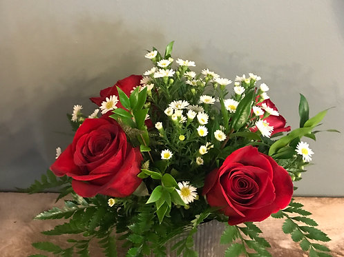 4  Arranged Roses