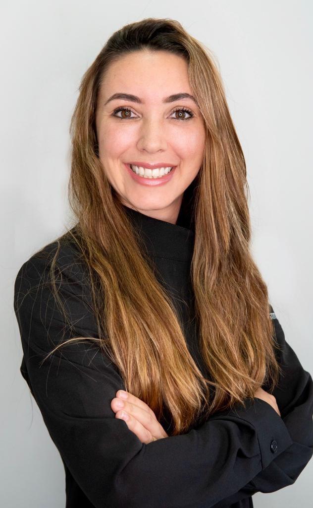 DRA. MICHELLE DE PAULA ALVES