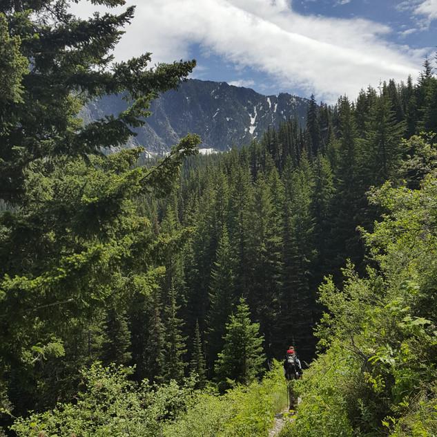 Trail to Nada Lake