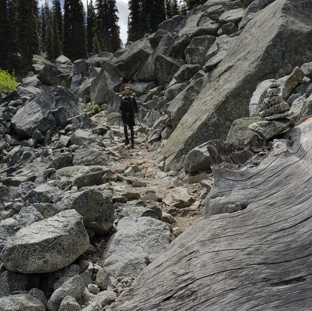 Bouldery Descent to Upper Snow Lake