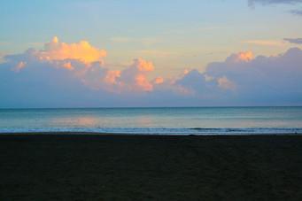 Puerto Viejo - Caribbean Sunrise