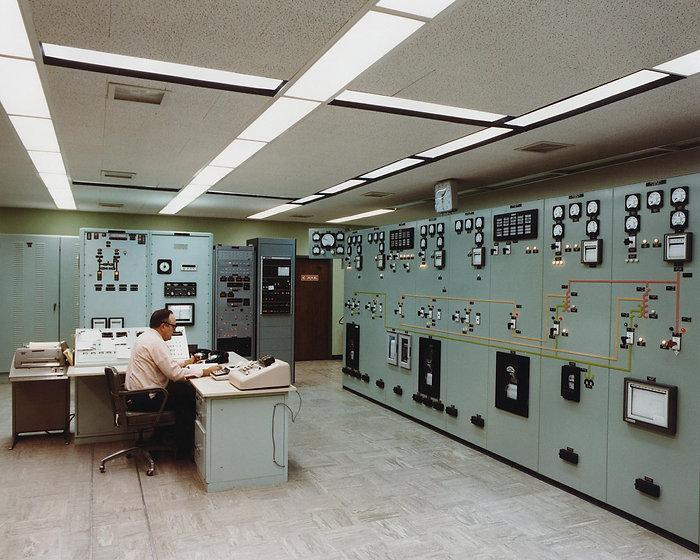 control-room-1757231.jpg