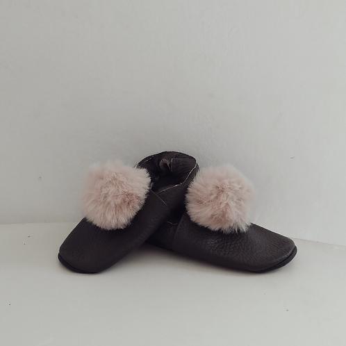 Zapatitos Pompom: Sendra (marrón oscuro)