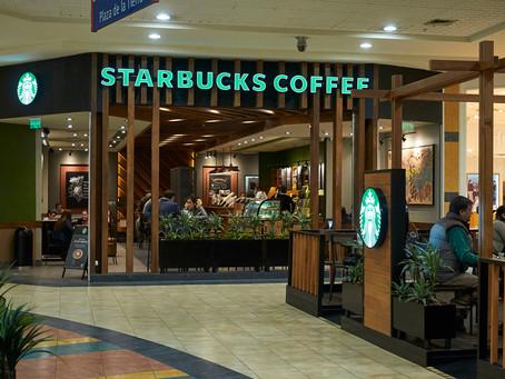Acogedor y Cálido: Starbucks Florida Center