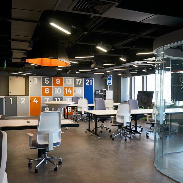 Interiorismo Entel 5G Lab