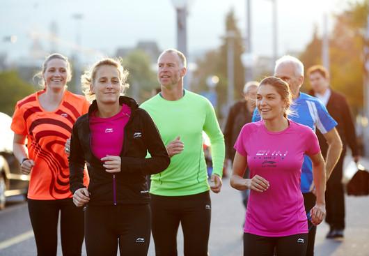 Laufgruppe auf dem Green Marathon