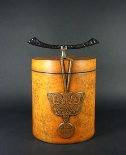 Courty - boîte Tao Tié sigillée bronze e