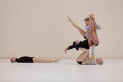 alexander-english-gk-dance-03.jpg