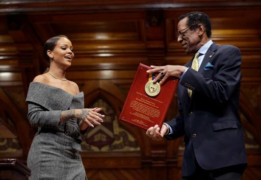 Rihanna accepts Humanitarian of the Year award