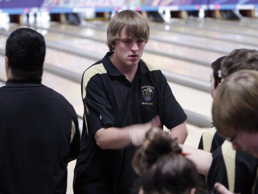 Monroe boy's bowling team seizes wins this season