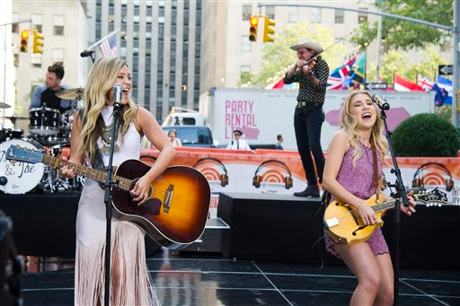 Introducing Maddie and Tae