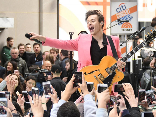 Harry Styles starting solo