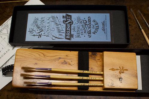 YEW Roman & Copperplate brush set