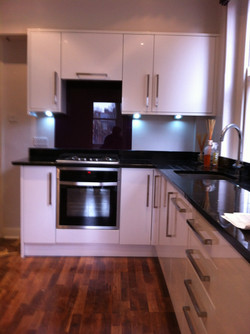 Modern kitchen with granite worktop