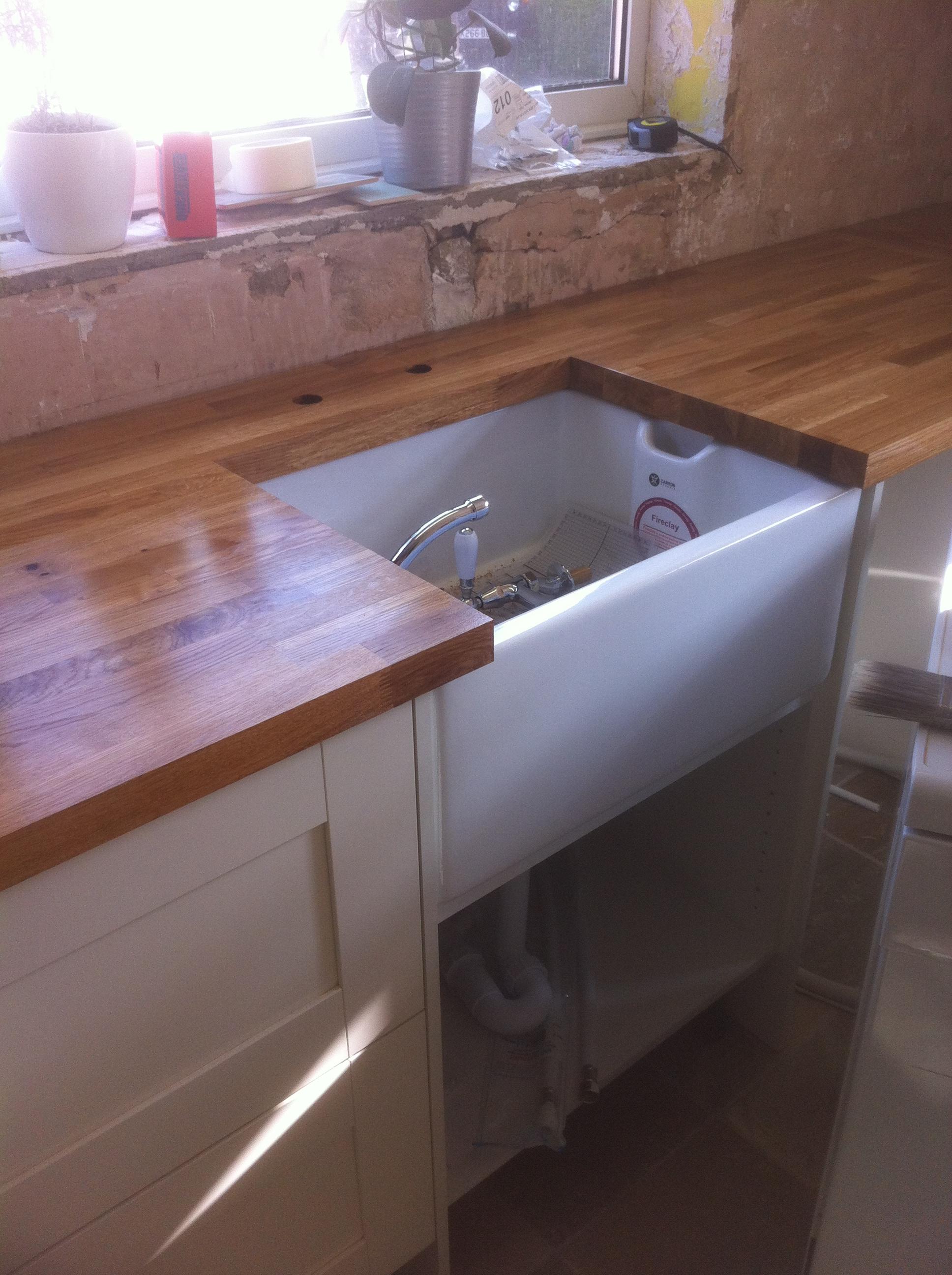 Country kitchen belfast sink