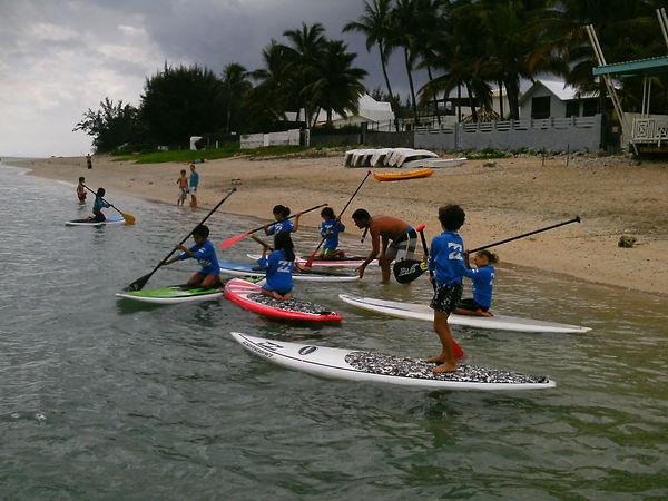 location et cours encadrés de stand up paddle le lagon de la Saline Réunion
