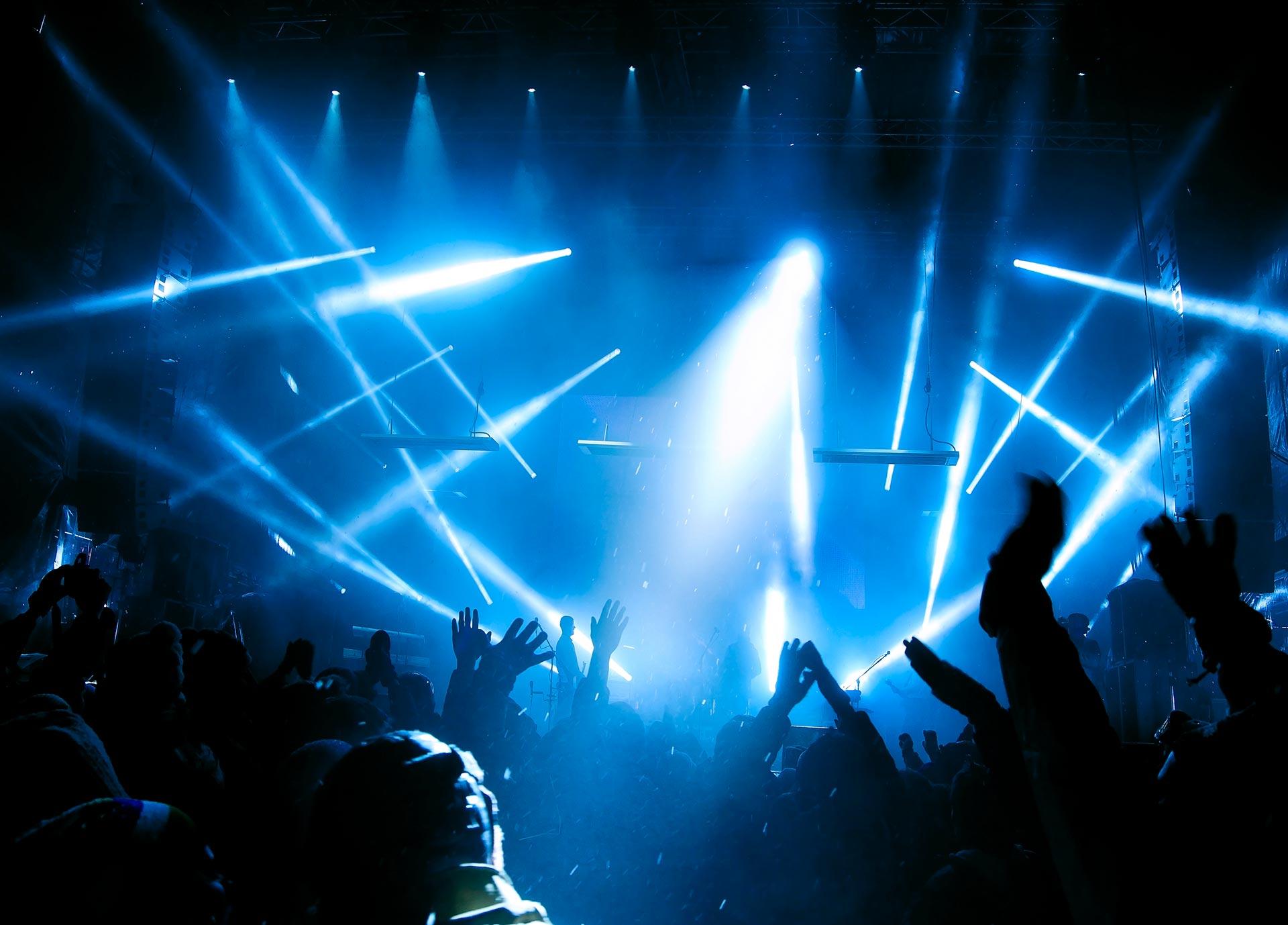 Music-Videographers---Rock-Concert-3