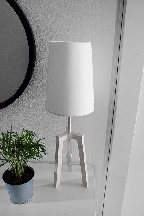 Lightness 1.1 White
