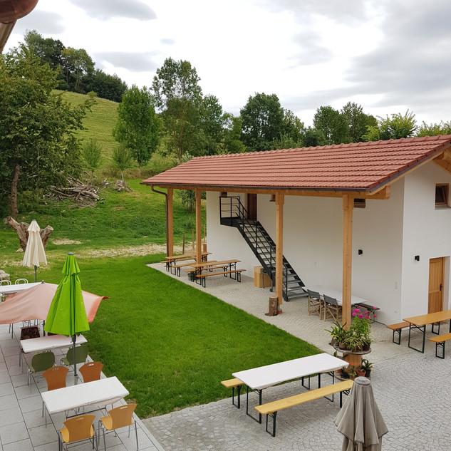 NeueWelt Haus Buchet, Terrasse