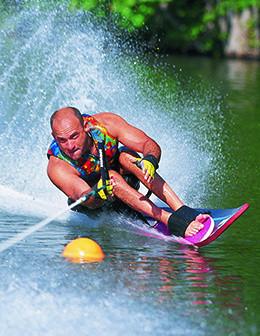 Joe Ray slalom skiing