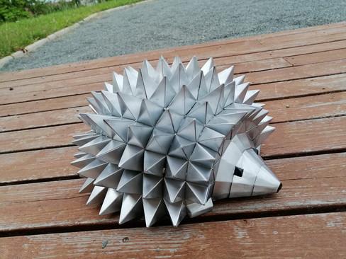 Hérisson origami en zinc naturel
