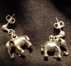 #enjoythepresent with these elephant ear