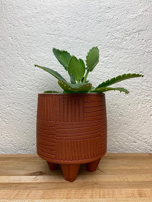Line Carve planter