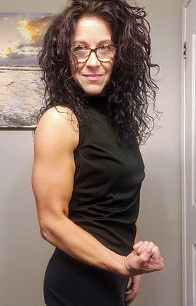 Lisa Pazzano Live Online Fitness Trainer