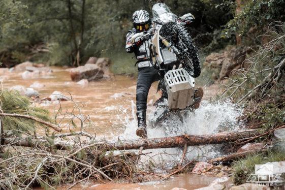 ''Ça s'fait pas avec ma moto''!