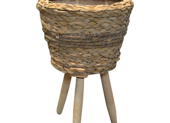 Pot sur pied de bois