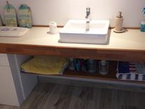 Construction d'un comptoir de salle de bain