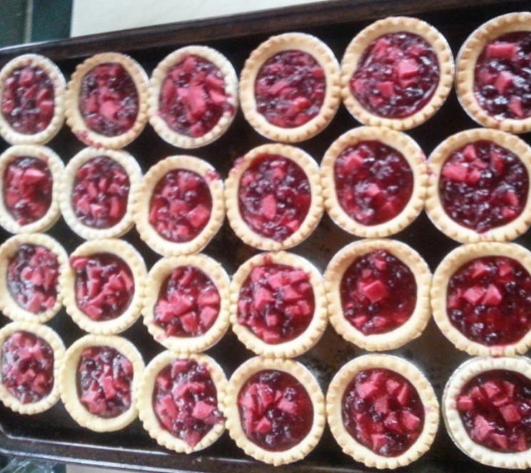 Cranberry-apple tarts