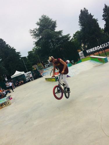 skate park contest