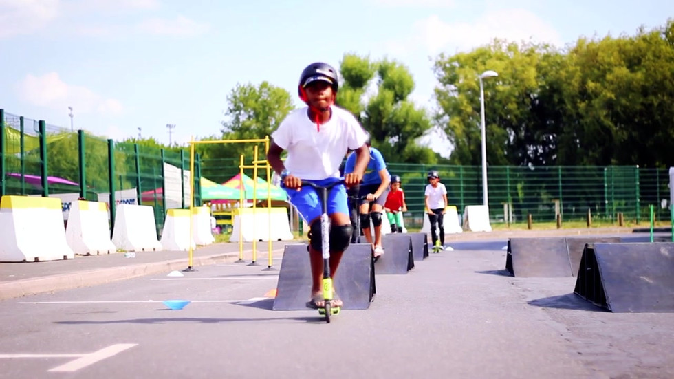 Initiation Mini Skate Park - Bmx Trottinette Skate Vtt- Rlimite France