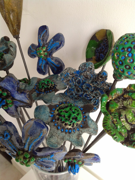 Fiori raku verdi e blu - Green and blue raku flowers