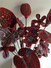 Fiori raku rossi - Red raku flowers