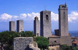 San Gimignano (30 KM)