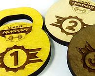 медаль из фанеры, гравировка, обработка морилкой