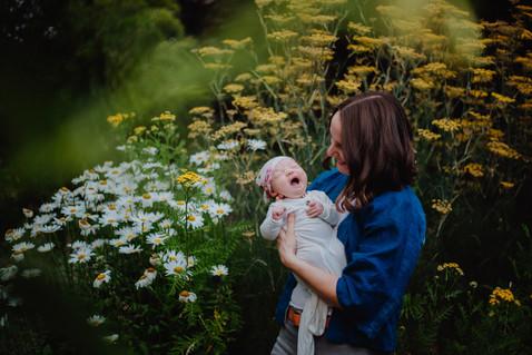 Baby_Esme_1month_TariGunstonePhotography